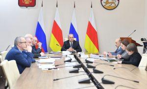 Таймураз Тускаев провел очередное заседание межведомственной рабочей группы по развитию ВТРК «Мамисон»