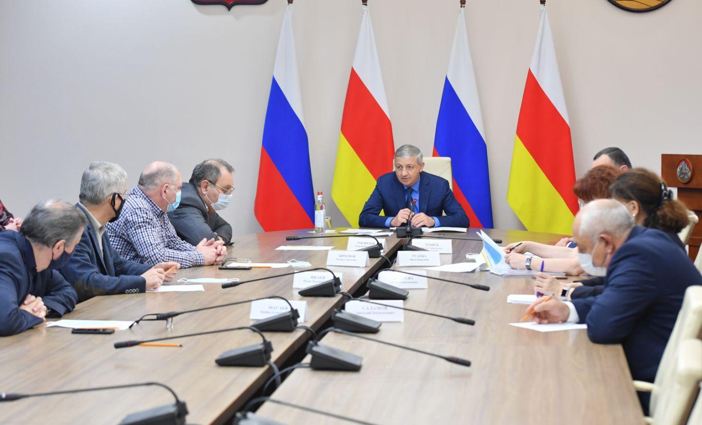 Вячеслав Битаров провел первое заседание координационного совета по развитию здравоохранения
