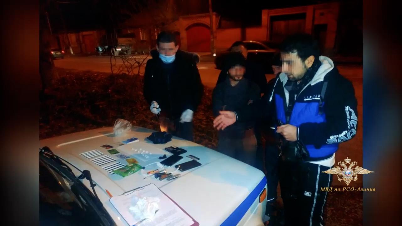 В Северной Осетии на скамью подсудимых отправился уроженец Средней Азии, обвиняемый в сбыте метадона