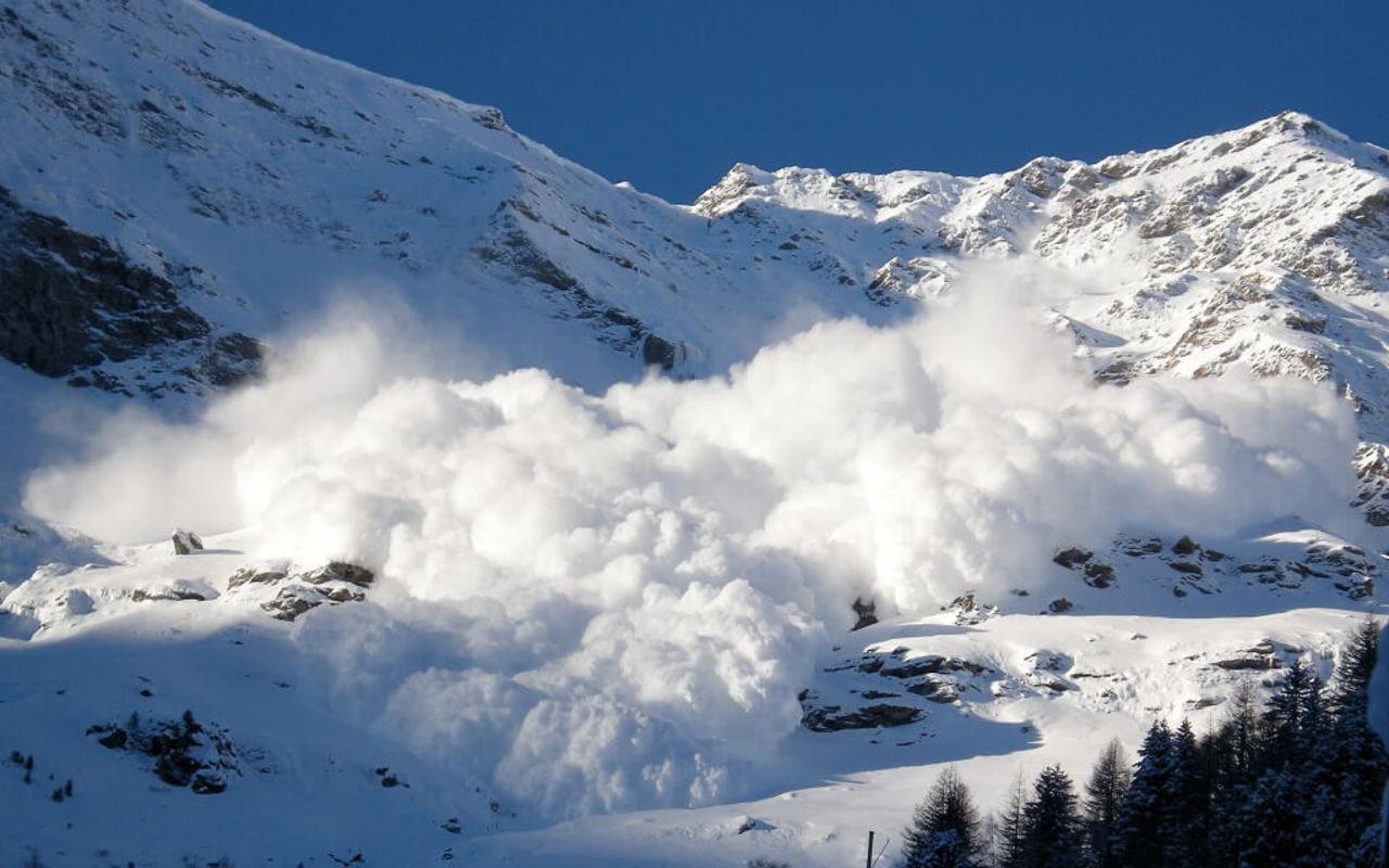 В Северной Осетии объявлено штормовое предупреждение по лавиноопасности