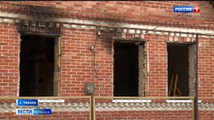 У многодетной семьи из Чиколы полностью сгорел дом