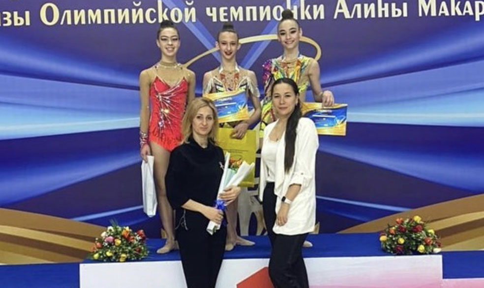 Осетинские гимнастки успешно выступили на всероссийских соревнованиях в Калмыкии