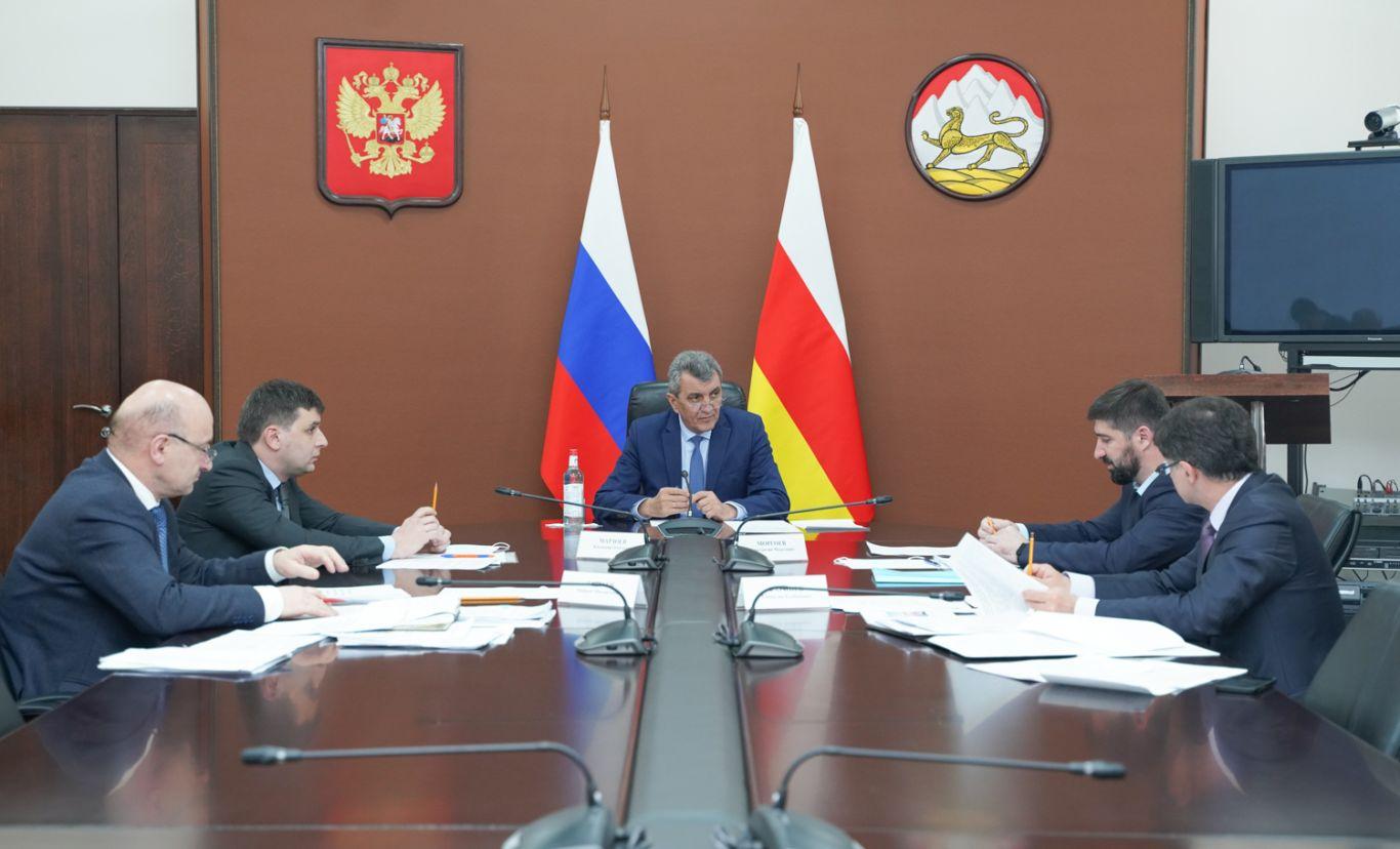 Сергей Меняйло обсудил с руководителями органов исполнительной власти проблему обманутых дольщиков