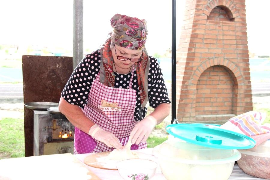 В Ардоне прошел Фестиваль осетинских пирогов