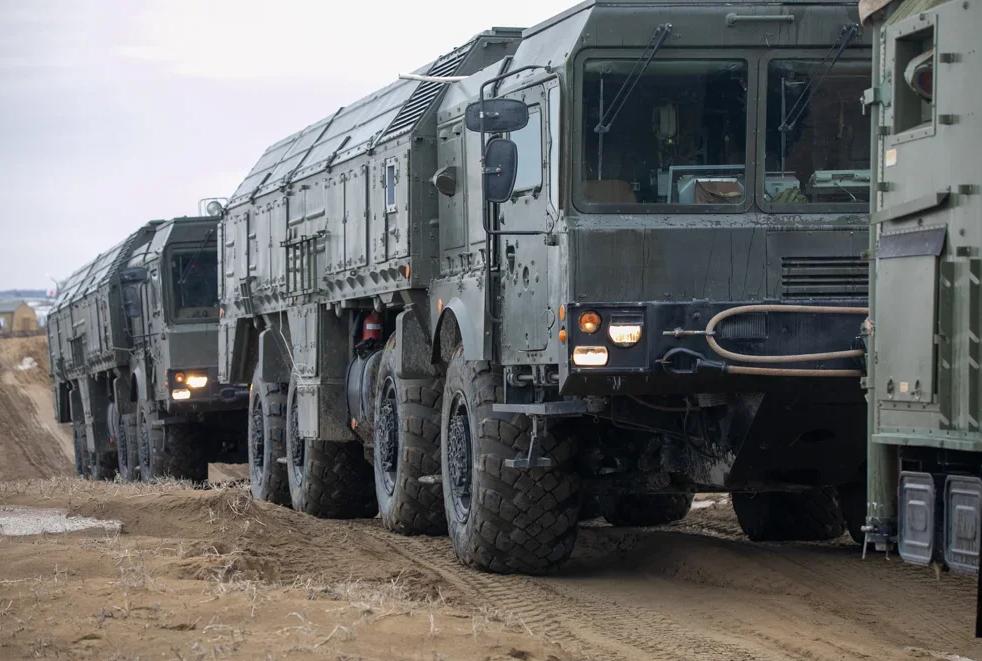 Расчеты комплексов «Искандер-М» в Северной Осетии выполнили электронные пуски ракет в рамках контрольной проверки