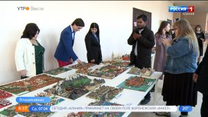 Выставка «Империя Азнавура» открылась в Национальной научной библиотеке