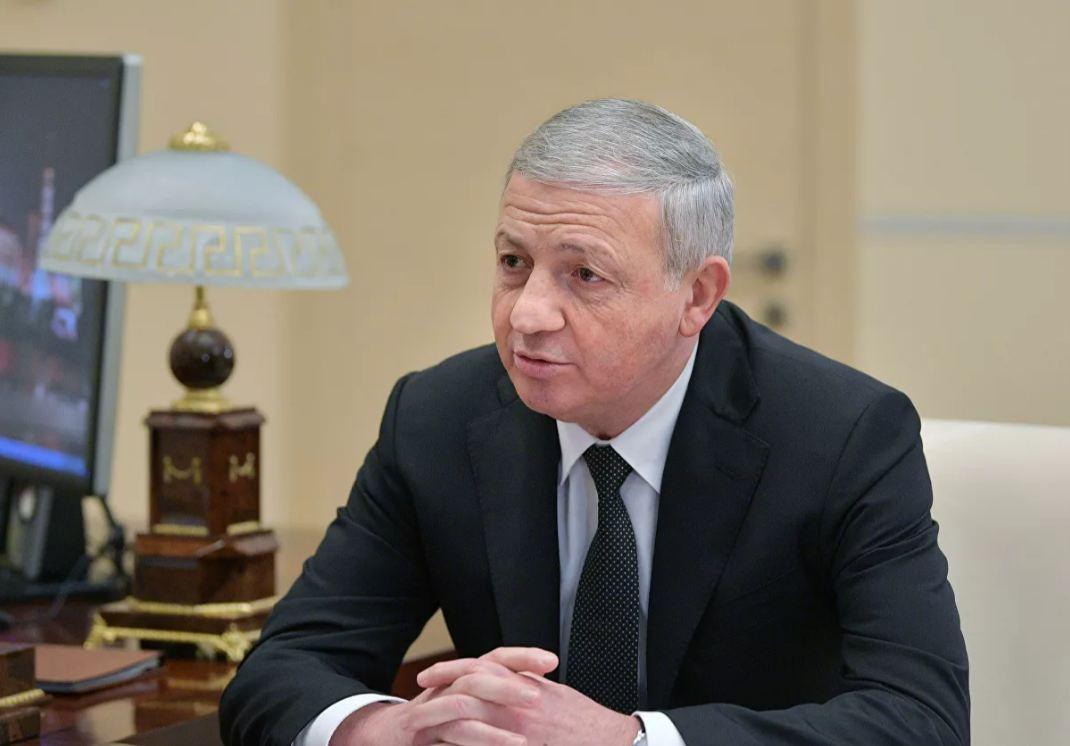 В пресс-службе главы Северной Осетии опровергли сообщения об отставке Вячеслава Битарова