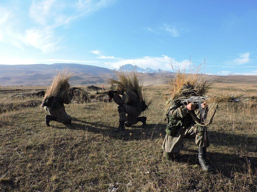 Разведчики ЮВО из Абхазии пройдут курс спецподготовки в горах Северной Осетии
