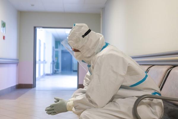 Количество летальных исходов среди пациентов с подтвержденным коронавирусом увеличилось до 194
