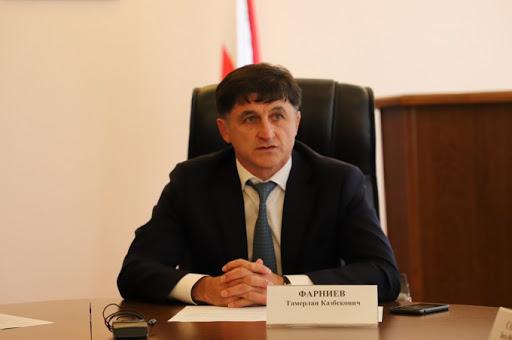 Тамерлан Фарниев покидает должность главы АМС Владикавказа