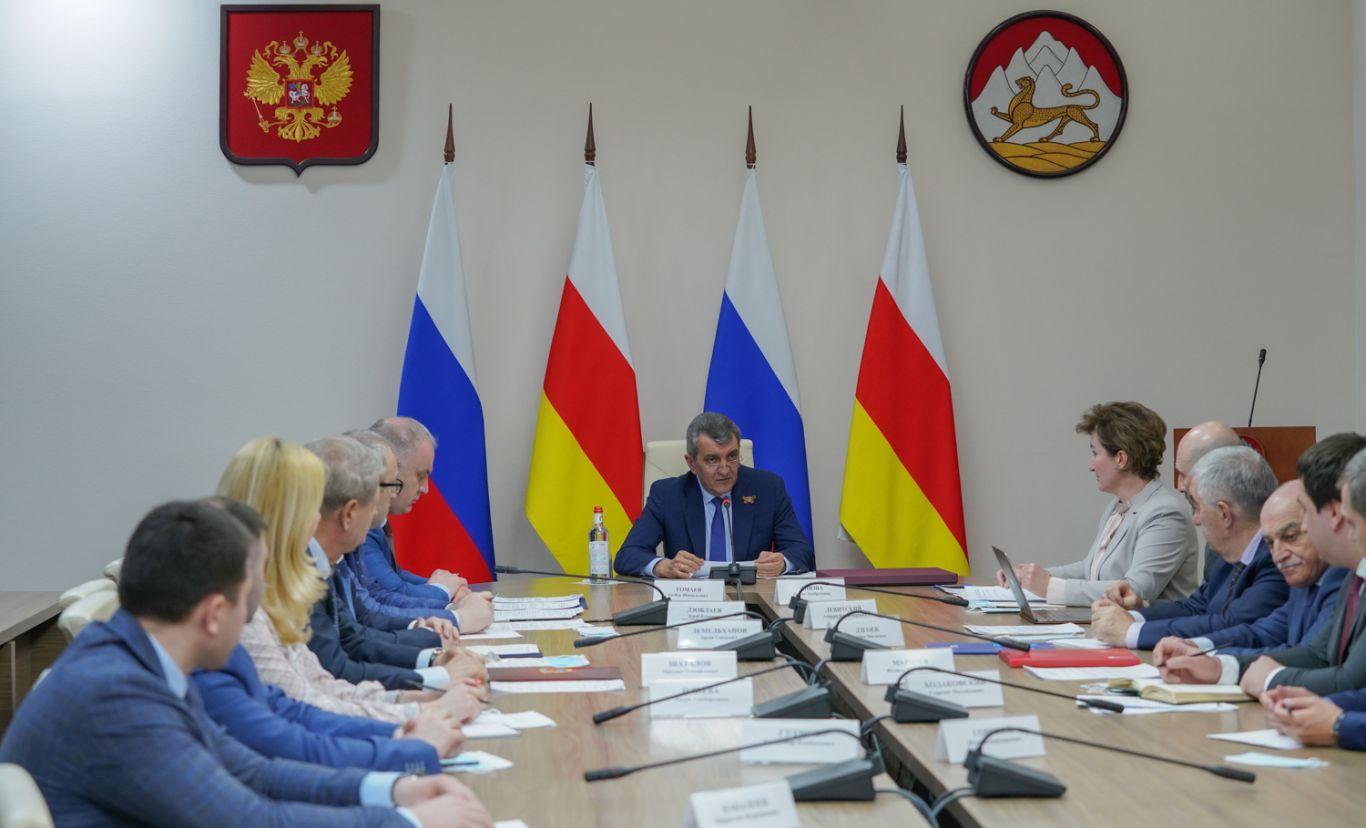 Врио главы Северной Осетии встретился с представителями банков