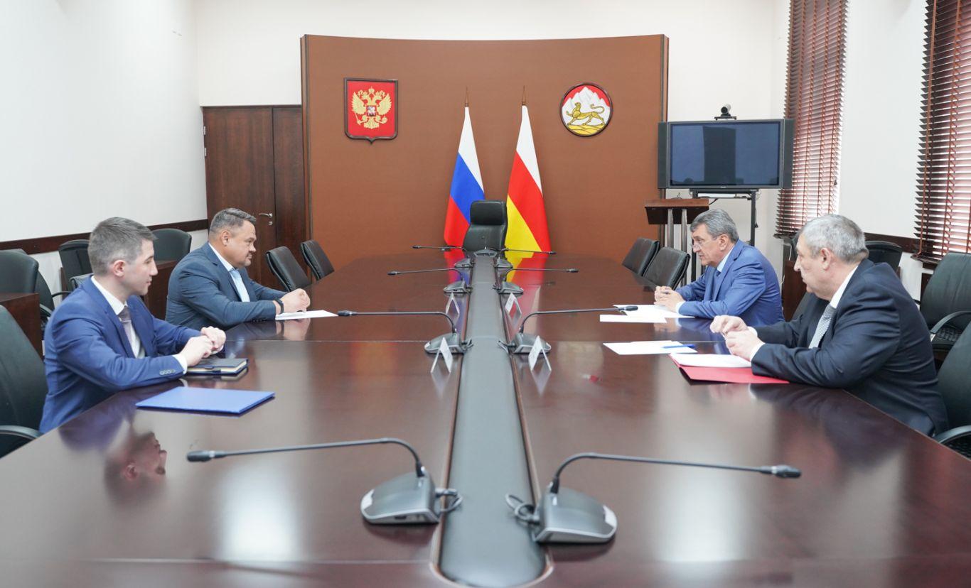 Сергей Меняйло провел рабочую встречу с заместителем руководителя Федерального казначейства Александром Демидовым