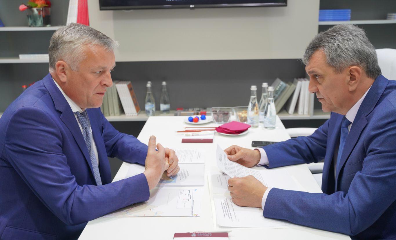 Сергей Меняйло встретился с гендиректором компании «Газпром межрегионгаз» Сергеем Густовым