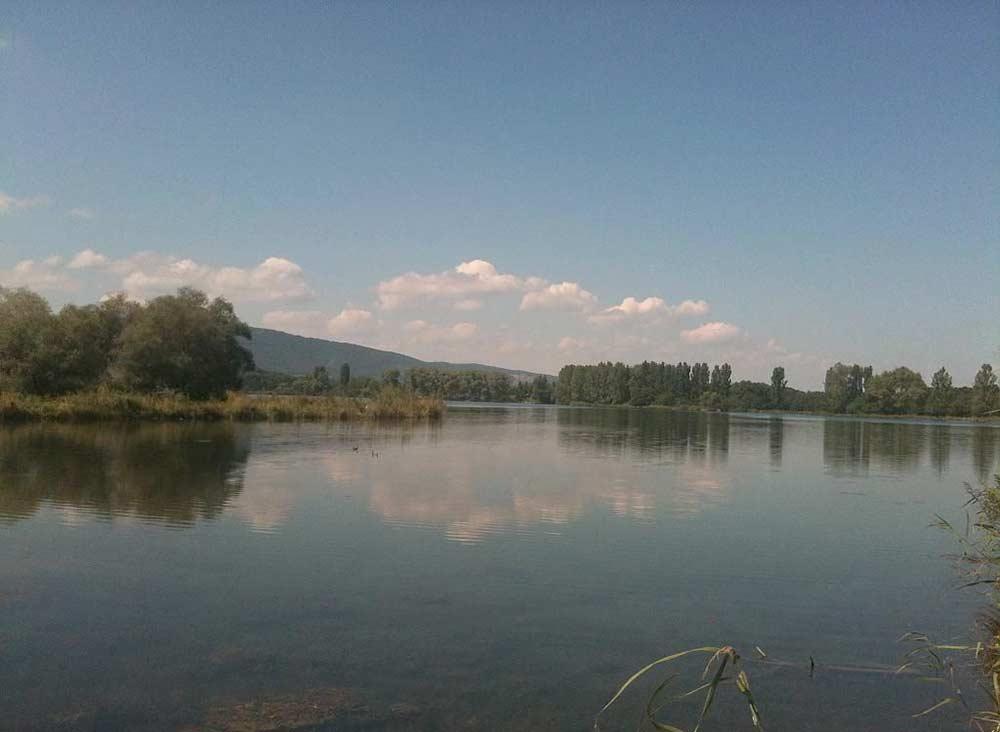 Прокуратура Северной Осетии выявила нарушения на озере Бекан
