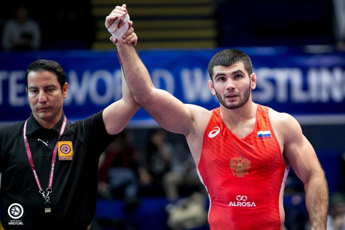 Артур Найфонов вышел в полуфинал Олимпиады в Токио